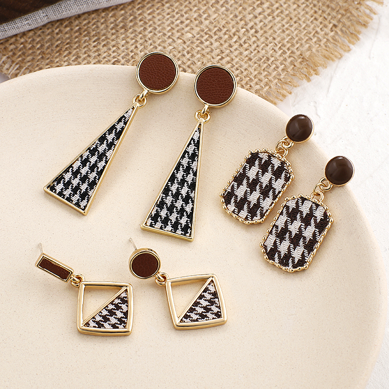 AENSOA Vintage Black White Plaid Cloth Geometric Drop Earrings For Women Alloy Lattice Fabric Statement Earring Trendy Jewelry
