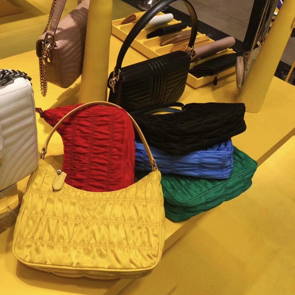 2020 Fold Cloud Totes Bags For Women Underarm Bag PU Leather Womens Handbags Evening Clutch Purses Lady Nylon Handbags New