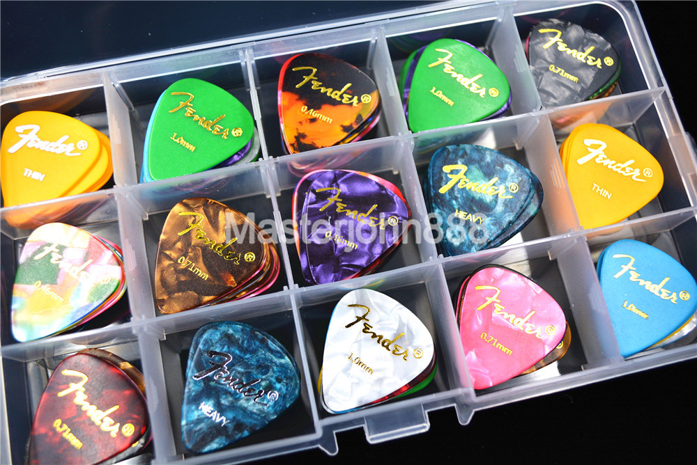 100pcs Pearl Celluloid Acoustic Electric Guitar Picks Plectrums+1 Large Plastic Picks Holder Case Box Free Shipping