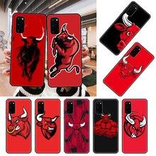 Caso de telefone para samsung galaxy s note 10 20 7 8 9 plus borda e ultra lite preto capa para carros tpu escudo moda funda vaca vermelha