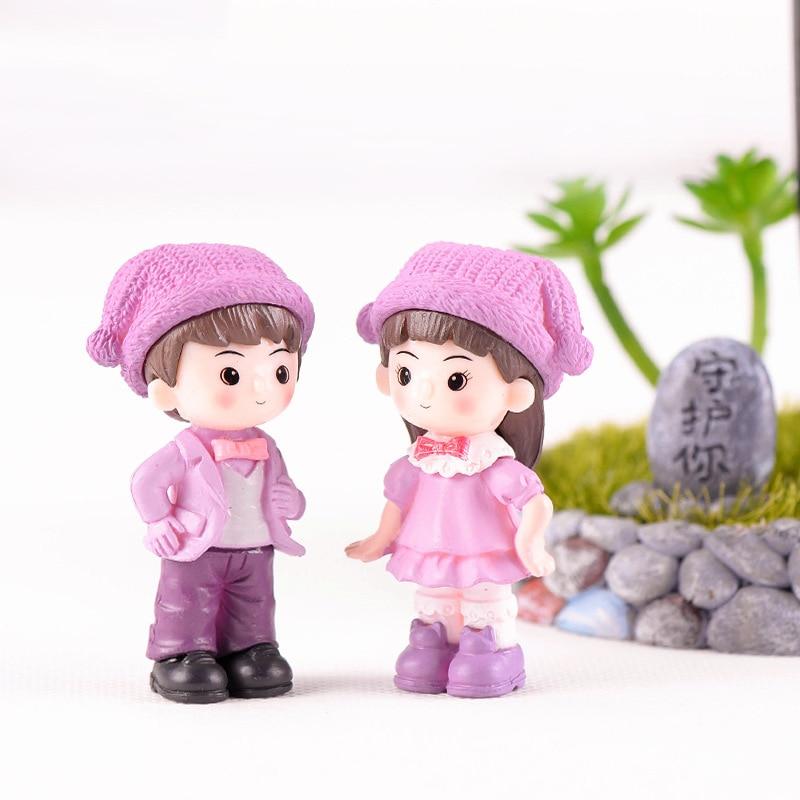 A Pair Lovers Couple Figurines Miniature Craft Fairy Garden Lovers Landscape DIY Ornament For Wedding Party Home Garden Decor