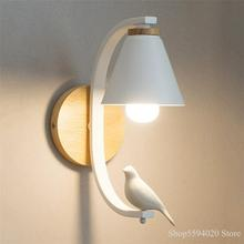 Lámpara de pared de madera nórdica, lámpara de pared Birdie, lámpara de noche Simple moderna, lámpara creativa para sala de estar, pasillo, lámpara Individual para dormitorio