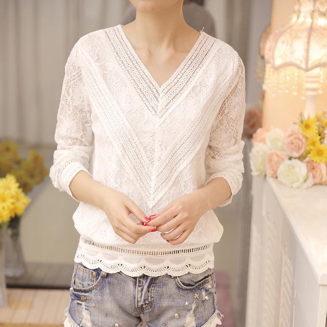 New Arrived Autumn Fashion Women Blouse Long Sleeved Lace Women Top Lace Bottoming Blouses Causal Slim Fit Shirts Blusa 0943 40 2