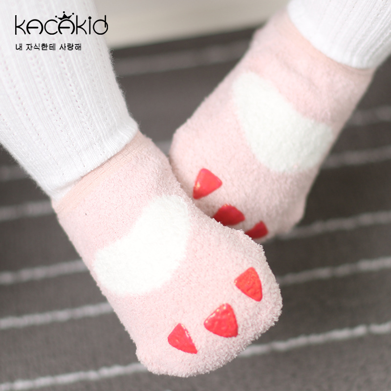 Kacakid Winter Hot Selling Men And Women Children Soft Coral Velvet No-show Socks Fluffy Cute Claw Anti-slip Sleeping Socks