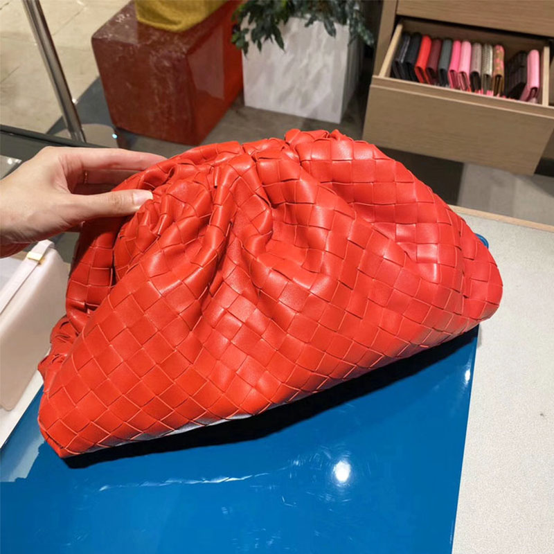 Women Vintage Handbag Leather Hand Weaving Hobos Retro Cloud Bags For Women Fashion Shoulder Bags Crossbody Bag