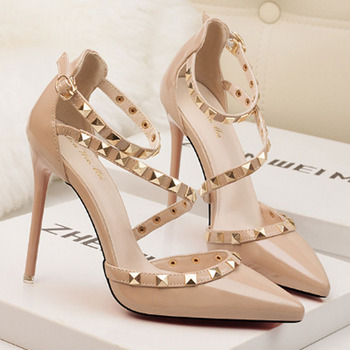 Women's sexy nightclub stiletto heels shallow mouth pointed rivet hollowed-out word with single-shoe high heel sandals