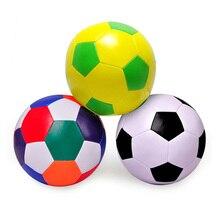 Giocattolo di calcio all'aperto dell'interno molle del pallone da calcio della spugna del cotone dell'unità di elaborazione di alta elasticità di calcio del diametro di 16cm