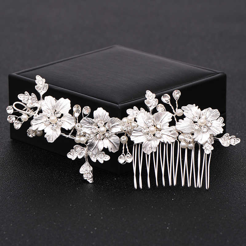 Vintage Flower Wedding  Hair Combs Hair Accessories Bridal Headpiece Decoration Handmade Pearl Silver Hair Jewelry ornaments