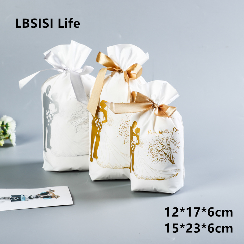 LBSISI Life 50pcs Gold Bride Wedding Candy Bags Plastic Drawstring Bag Wed Decor Cookie Snack Candy Bag Party Gift