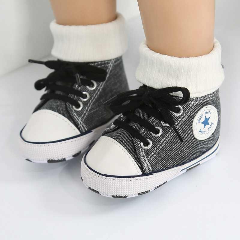 2019 Otoño Invierno niños pequeños zapatos de lona niños niñas zapatillas de moda altas con cordones zapatos casuales para caminar para niños