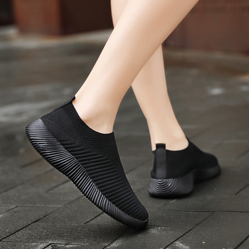 Women Vulcanized Shoes High Quality Women Sneakers Slip On Flats Shoes Women Loafers Plus Size