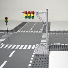 Stadt Zug Tracks Mini Zeichen Signal Lampen Modell Straße Licht Werkzeug Kits Verkehrs Warnung Zeichen Gebäude Block Grundplatte Zubehör