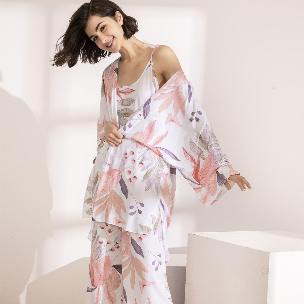 Cotton Viscose Ladies Three-piece Pajamas Set Women Spring And Autumn Comfortable Soft Home Suit Robes With Pants Pajamas Set