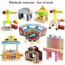 Trem de madeira acessórios pista estacionamento estação ferroviária apto para thomas biro várias faixas brinquedos educativos para crianças