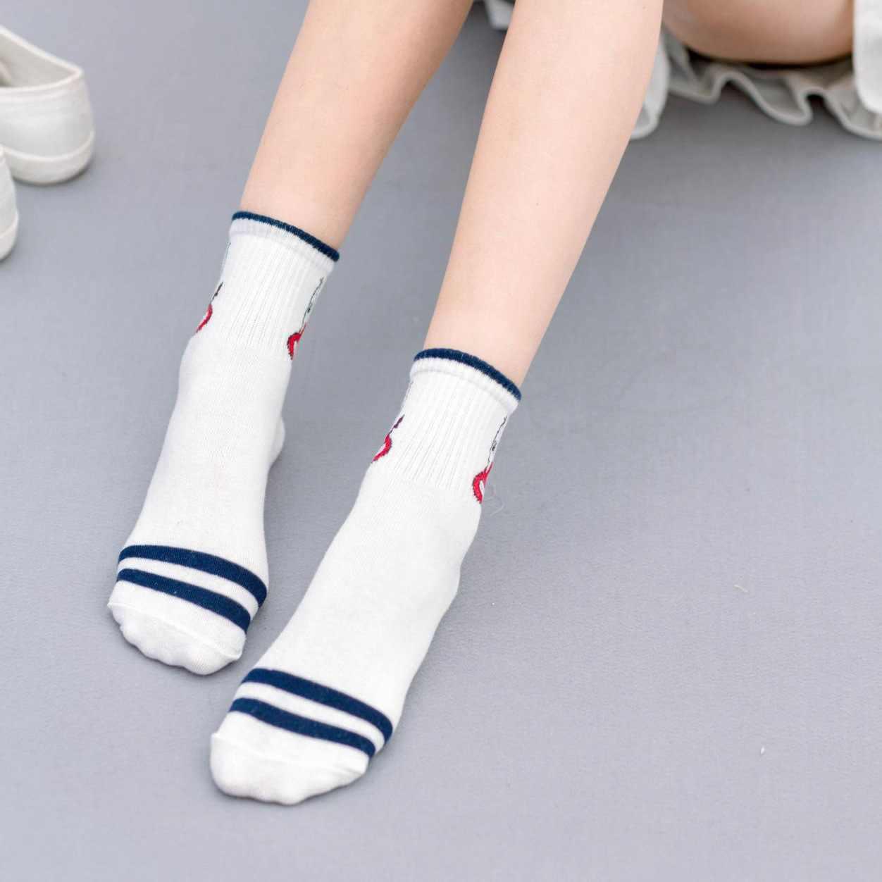 Çizgi film karakteri sevimli kısa çorap kadın Harajuku sevimli desenli ayak bileği çorap Hipster kaykay ayak bileği komik çoraplar kadın ZM-06