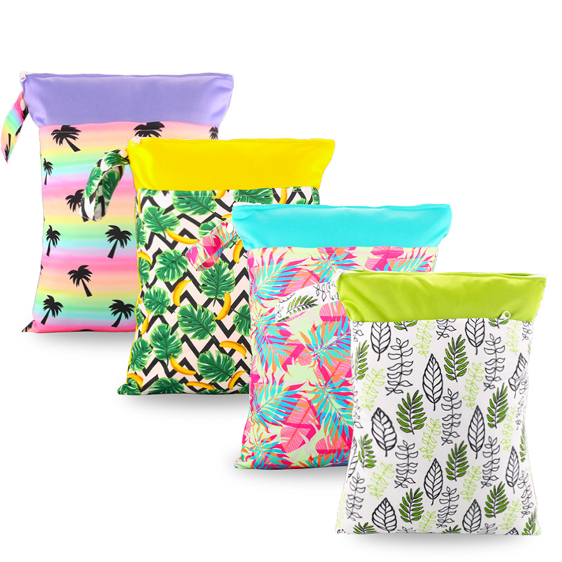 1pc 30*40CM Reusable Waterproof Fashion Prints Wet Dry Diaper Bag Mummy Double Pocket Cloth Handbag Wetbags Nappy Bags For Baby