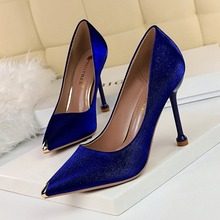 Wedding High Heels Pumps 2020 Women Casual Wedding Shoes Pointed Toe Satin Shoes Thin Heels Blue Red Shoes Sexy Party Pumps qianruiti hot sale faux suede thin heels women shoes sexy pointed toe women pumps red blue fox fur pom poms high heels shoes