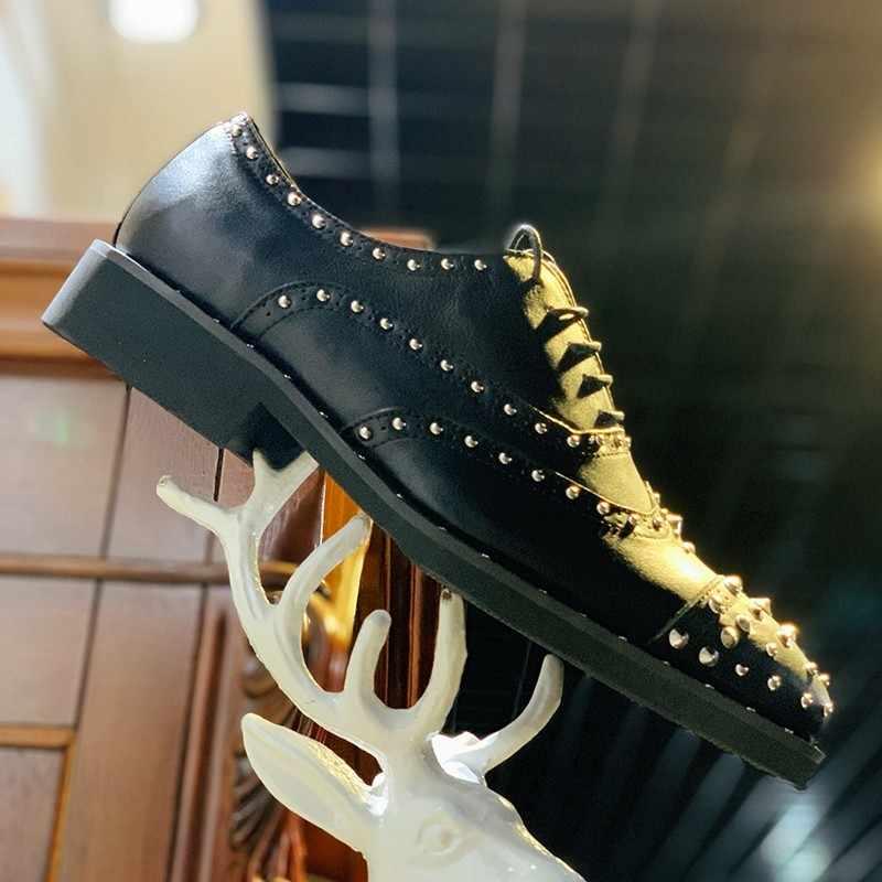 عالية الجودة اليدوية رجالي فستان الزفاف أحذية كتلة الكعوب جلد طبيعي المسامير أكسفورد الجناح تلميح الدانتيل يصل مكتب الأحذية الرسمية