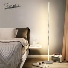 İskandinav LED zemin lambaları Modern Metal alüminyum gölgesiz kısılabilir LED ayakta ışıklar armatürleri oturma odası yatak odası dekoru armatür