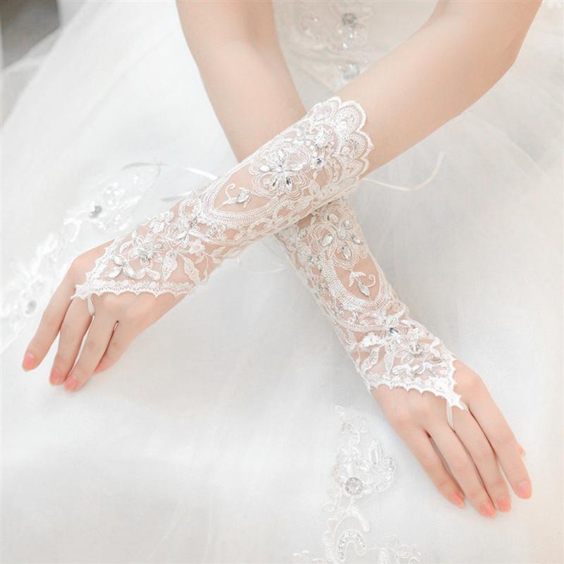 White Short Wedding Gloves Women Fingerless Bridal Gloves Elegant Rhinestone White Lace Gloves For Bridal Wedding Accessories