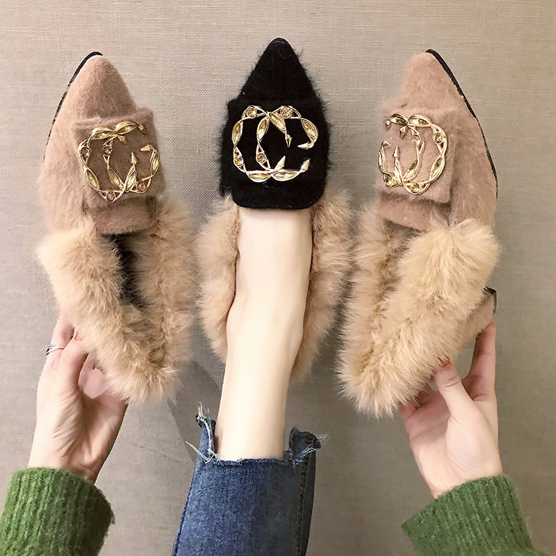 Trendy British Style shoes women women pumps Winter Fur Slides flock pointed toe metal decoration square heels Sleeve Tassel 17