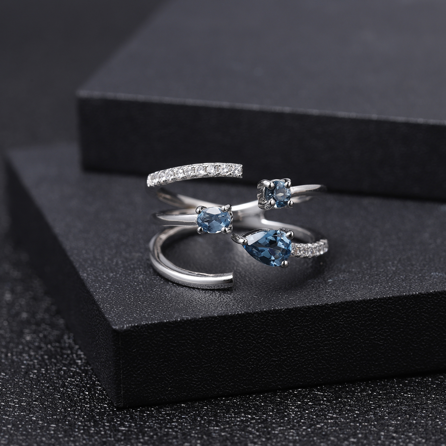 GEM'S BALLET 925 Sterling Silver Adjustable Open Gemstone Ring 0.83Ct Natural London Blue Topaz Band Ring For Women Fine Jewelry