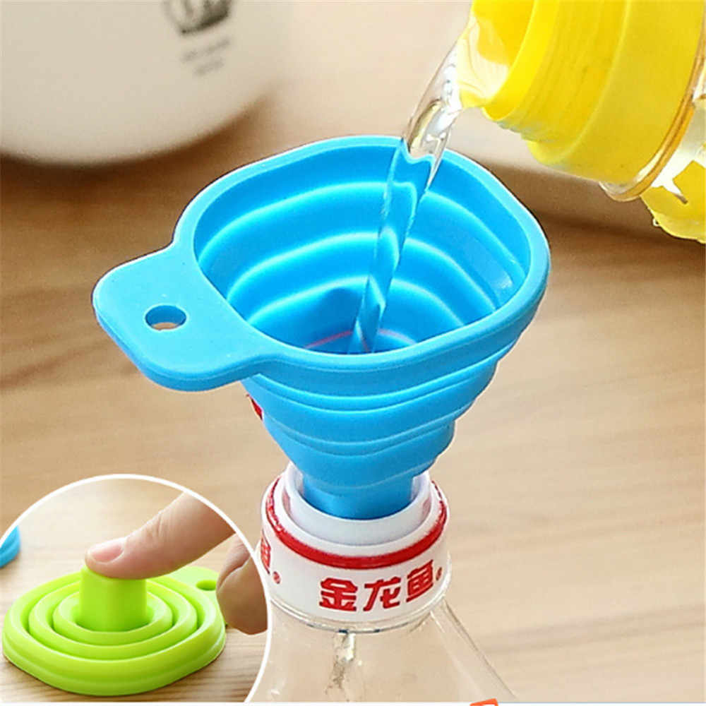 Portable Telescopic Funnel Home Kitchen Hanging Hole Design Mini Food Grade Silicone Folding Telescopic Funnel Household Tools