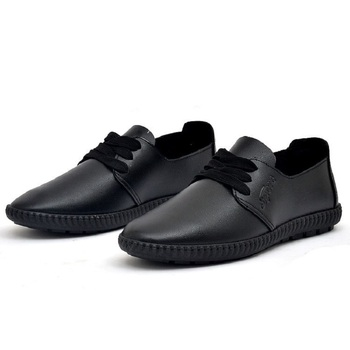 Loafers με διακοσμητικά κορδόνια