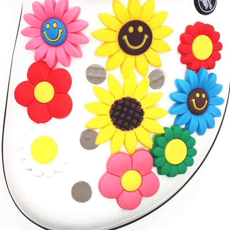Lindo girasol PVC zapato encantos venta única 12 tipos de flores jardín zapato hebilla Decoración Para croc pulsera jibz niños fiesta
