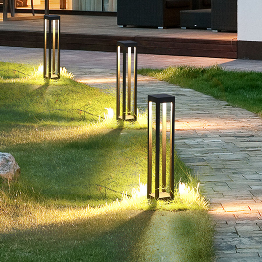 Outdoor Waterproof IP65 Courtyard Lawn Lamp Creative Landscape Pathway Lawn Pillar Lamps Villa Garden Stand Bollard Light