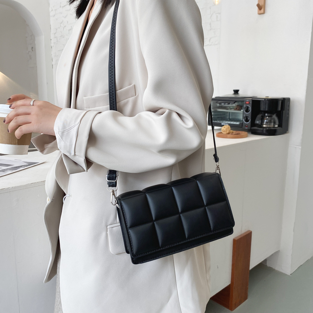 2021 Solid Color Fashion Shoulder Handbags Female Travel Cross Body Bag Weave Small PU Leather Crossbody Bags For Women 6