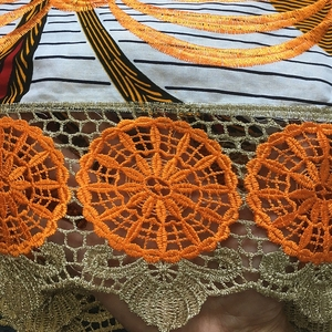 Image 5 - New Design Batik fabric With Lace High Quality Embroidered African Wax Lace Fabric 100% Cotton Nigerian Guipure Wax Lace 6 Yards