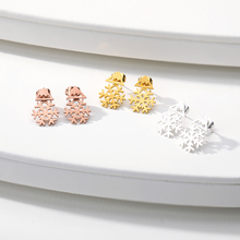 New Fashion snowflake Stud Earrings Earring Cute Snowflake For Women Jewelry Christmas Gift