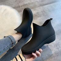 Japan Mode Frau Knöchel Regen Stiefel Gummi Boot Nicht-slip Wasser Schuhe Hausfrauen Mark Shopping Plattform Schuhe Galoschen Für erwachsene