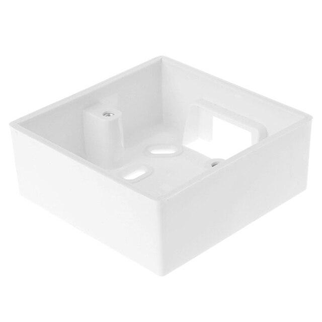 настенная распределительная коробка для термостата белого цвета фотография
