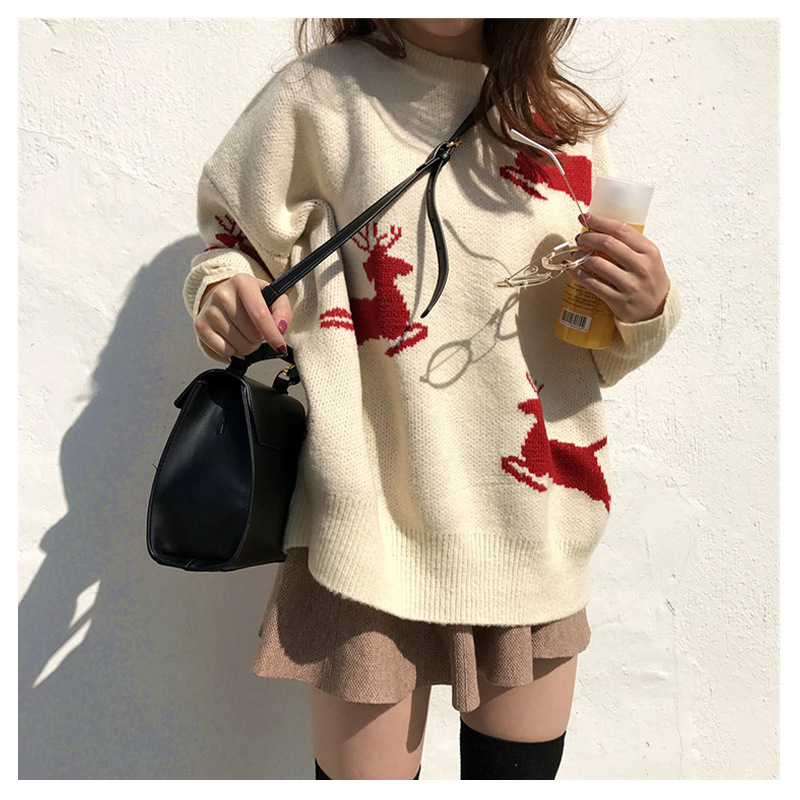 New Korean loose Christmas elk Beige red pullover women sweater coat 2019 winter new sweater women thickened New Year clothing