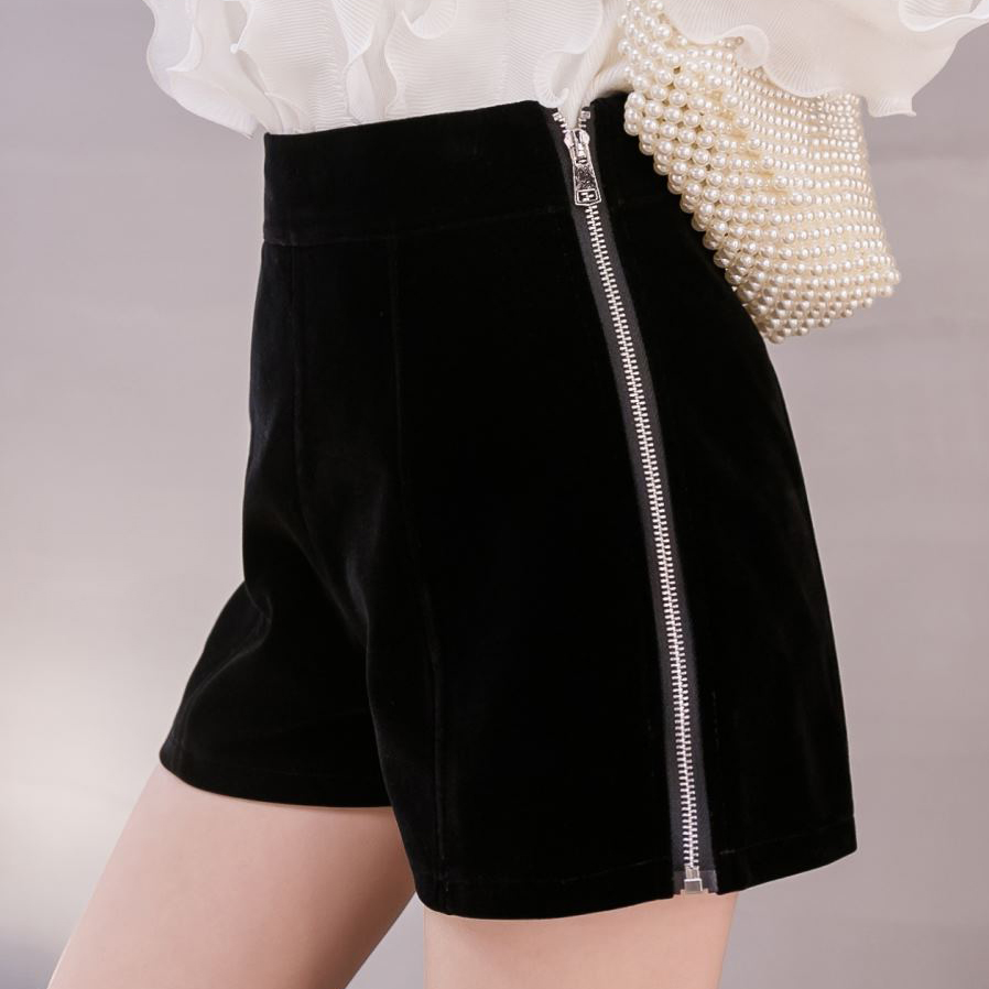 High Waist Slim Black Velvet Women Shorts 2019 Autumn Korean Side Zippers Sexy Shorts Women Winter Warm Wool Short Feminino