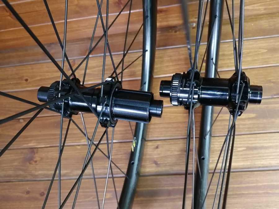 T1000 ud 700c 45mm profundidade dimple superfície freio a disco de fibra carbono rodas da bicicleta estrada disco rodado feito em taiwan