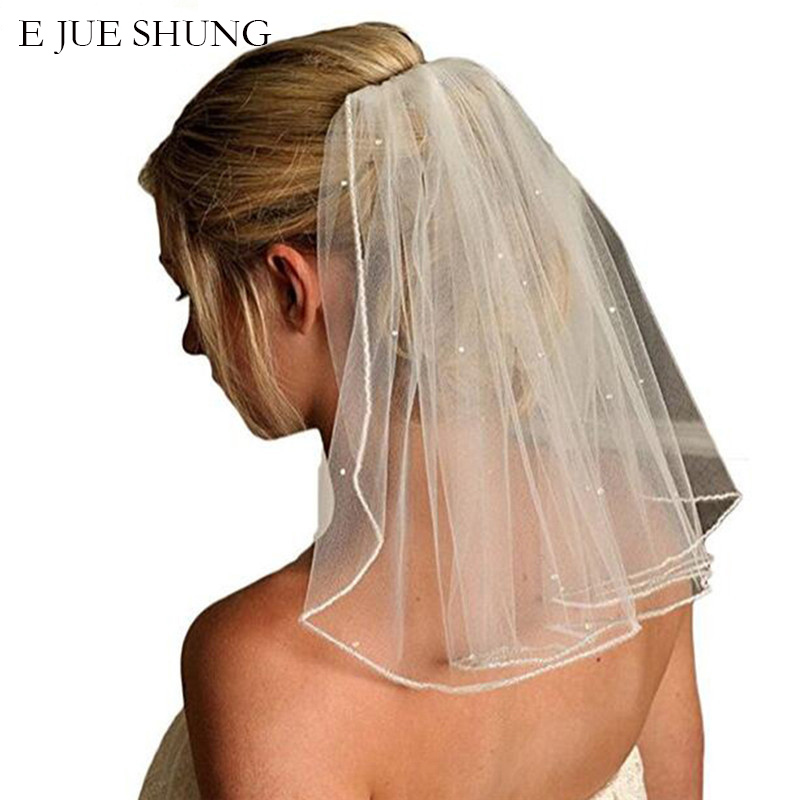 E JUE SHUNG One Layer Short Wedding Veils With Comb Soft Tulle Bridal Veils With Comb Crystal Wedding Accessories