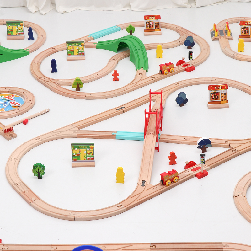 Wooden Train Simple Track Set Electric Magnetic Train Railway Compatible With Brio Track Educational Toy Car Children's Gifts
