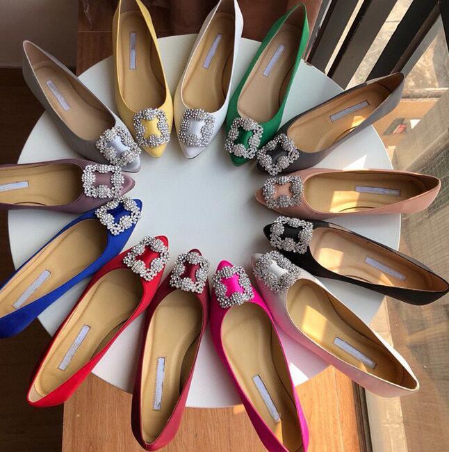 Новые красивые туфли на плоской подошве с заостренным носком; Туфли с украшениями-подошва; Женская тонкая обувь; Туфли на плоской подошве с ...