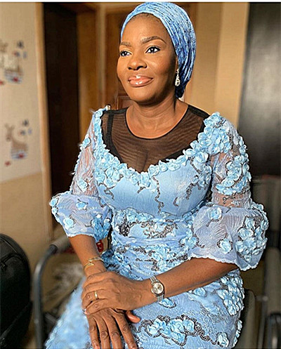 Mariée français dentelle tissu 3D fleurs conception bonne qualité africaine net tulle dentelle tissu avec des paillettes pour robe jiaoc081