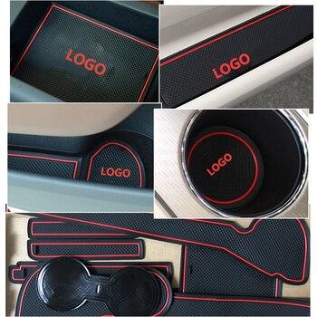 Audi için A4 B8 2008 2009 2010 2011 A4 8K RS4 S4 S hattı RS kaymaz kauçuk kapısı yuvası bardak Mat Coaster aksesuarları araba çıkartmaları