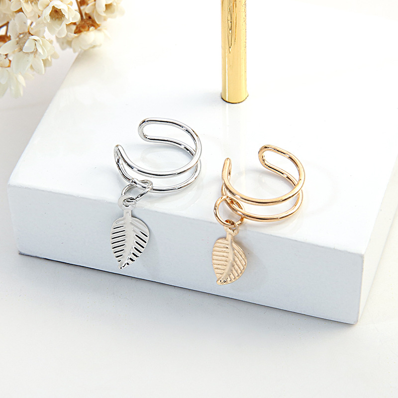 Korean Version 100 Exquisite Metal Elegant Personality Small Leaf Blade Ear Nail U-shaped Ear Clip Earring Earrings