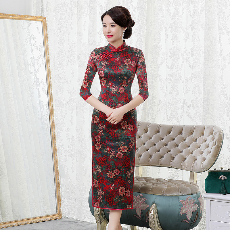 2019 Quinceanera Autumn High And Winter New Silk Cheongsam 7-sleeve Fashion Classic Floral Long Dress Factory Direct Sales