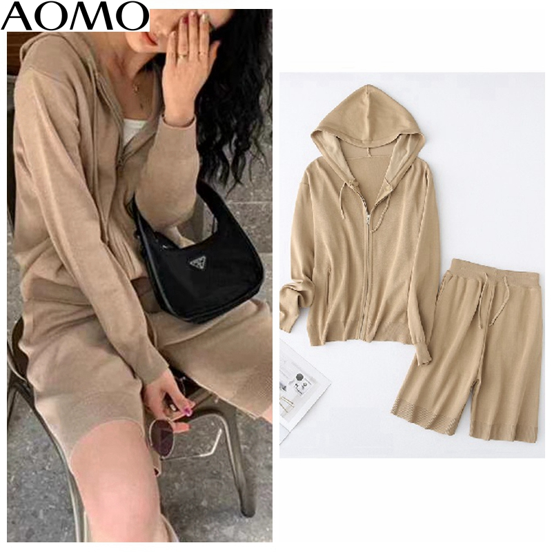 AOMO Fashion  Korea Chic Solid Zipper Hood Knitted Suit Women Shorts Set Knitted Suit 2 Piece Set Sweet Top And Shorts YU65A