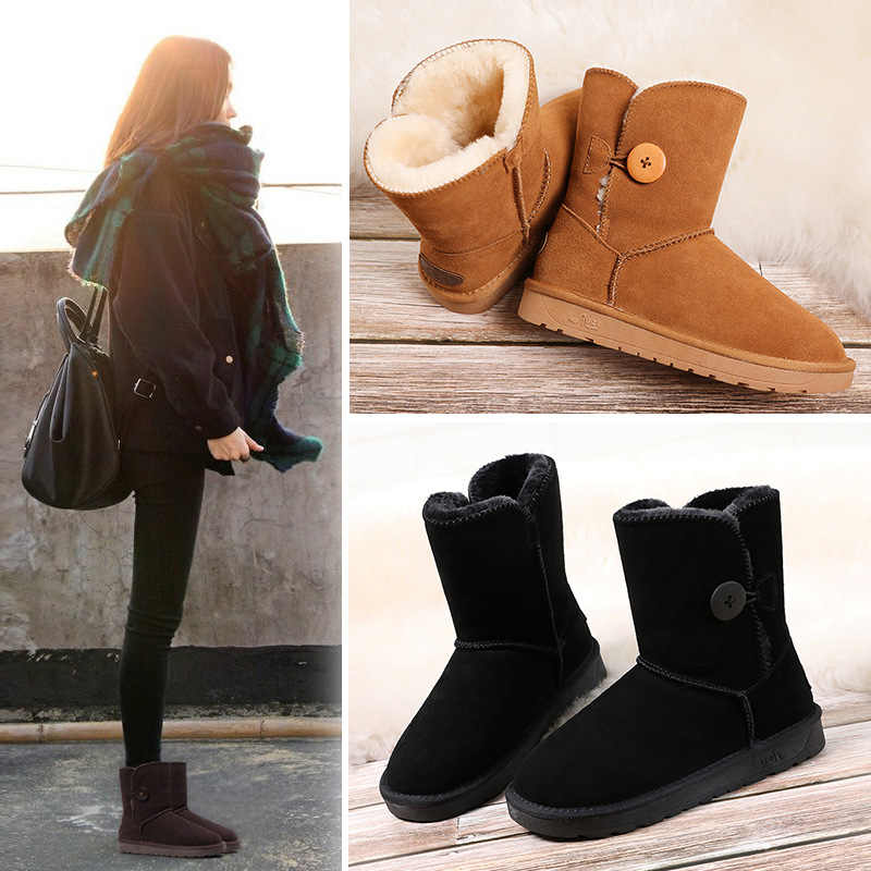 Leather snow boots female 2019 winter new tube wooden button thickening warm waterproof snow cotton shoes women