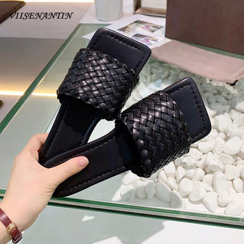 ¡Novedad de 2020! Sandalias planas de punta cuadrada tejidas para mujer, zapatillas color carne, negro, naranja, calzado informal para vacaciones para mujer