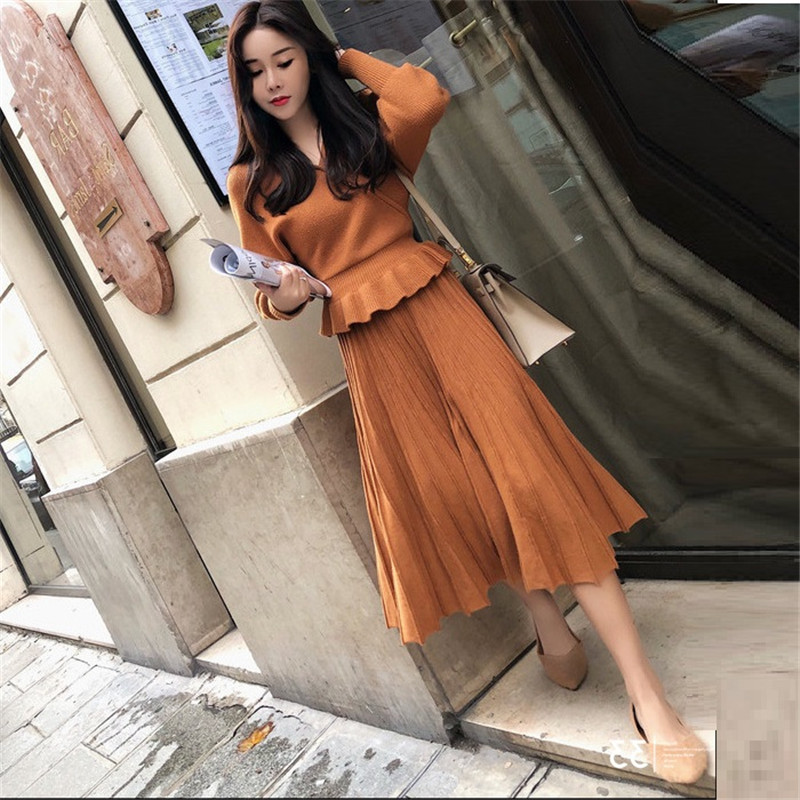 Autumn Winter Pleated Skirt Suit Knitting 2 Piece Set V Neck Sweater Pullovers Elastic Waist Long Skirt Sets Fashion