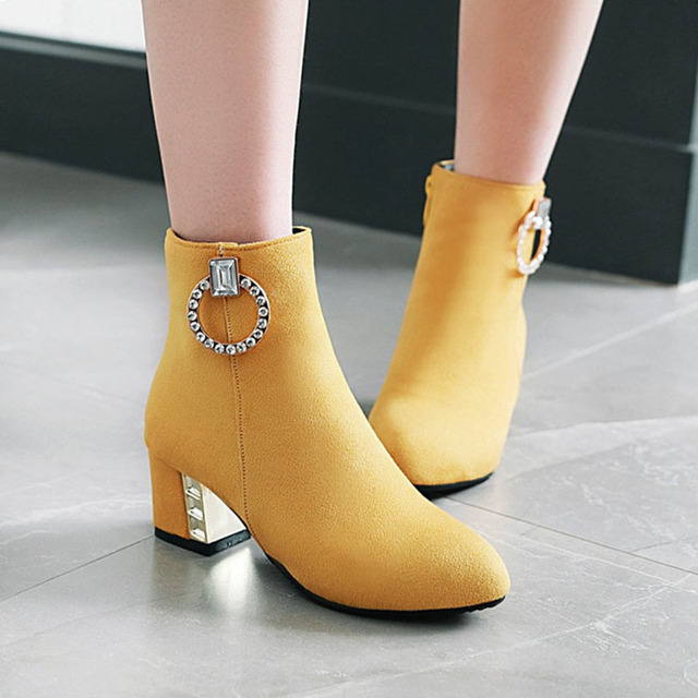 Rimocy bottines courtes avec boucle en cristal pour femmes, chaussures jaunes, en daim, grande taille, printemps